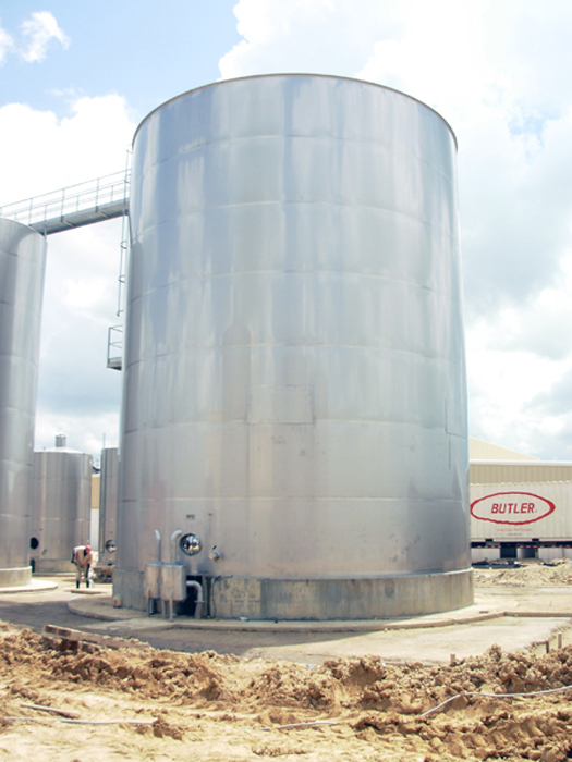 In-situ 450 cubic metres stainless steel tank (Dominican Republic)