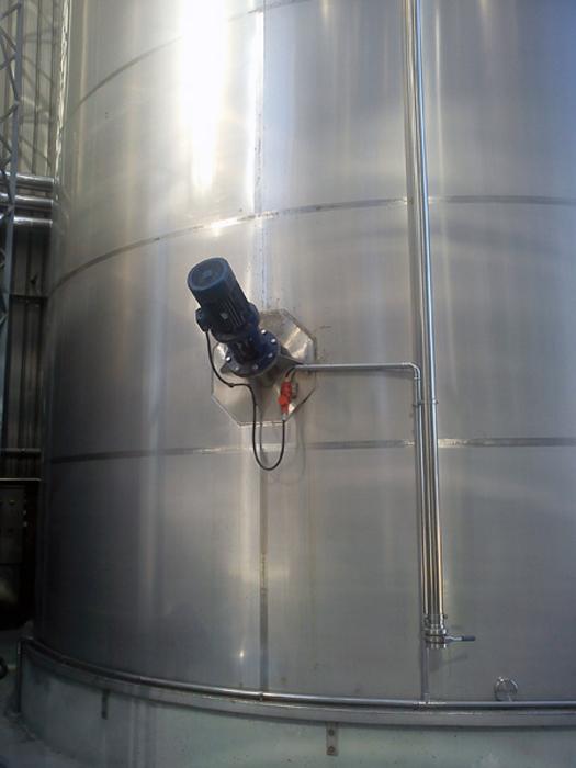 Detalle de agitador para depósito in situ