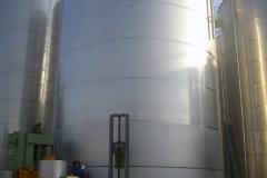 Stainless steel tank in welding process
